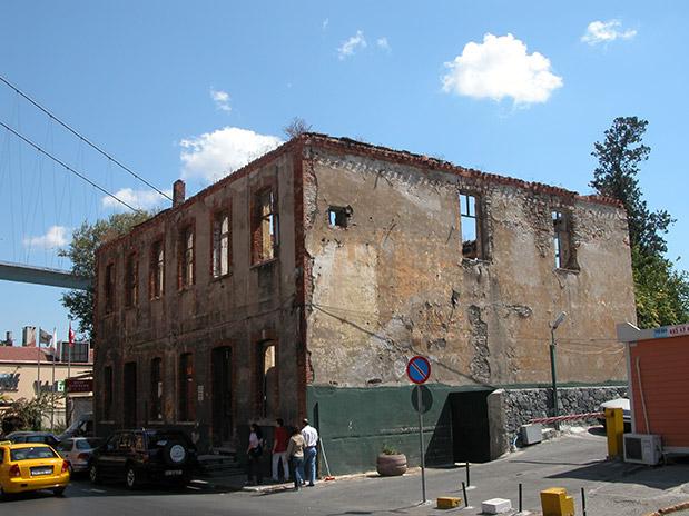 Eyüp Müzisyenler Kahvesi İle Ortaköy 40 Ada 3 Parselde Tarihi Eser Restorasyon İnşaatı Yapım İşi